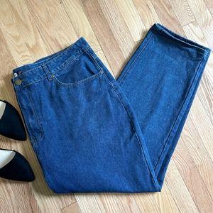 Boohoo High Waisted Mom Jeans Medium Wash US 18